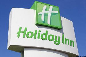 Holiday Inn Owner InterContinental Expands Loyalty Program as Sales Lag Forecasts