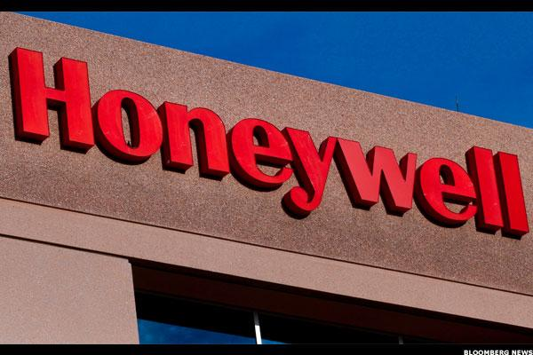 Honeywell Rises on Earnings -- Jim Cramer Says Stock Will Continue Rally