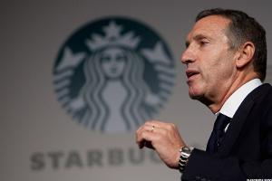 Starbucks' Howard Schultz Reveals the Sight of Feared Activist Carl Icahn Causes Him to Look Away