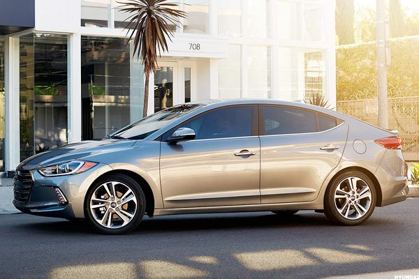 Luxury Sedan on a Budget: The All-New Hyundai Elantra