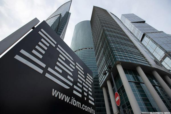 How the Cloud Is Eating IBM and HP Enterprise's Lunch