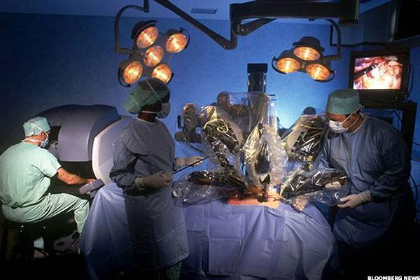 Intuitive Surgical Has the Market Sewn Up