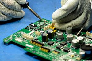 Buy Jabil Circuit, the Apple Alternative
