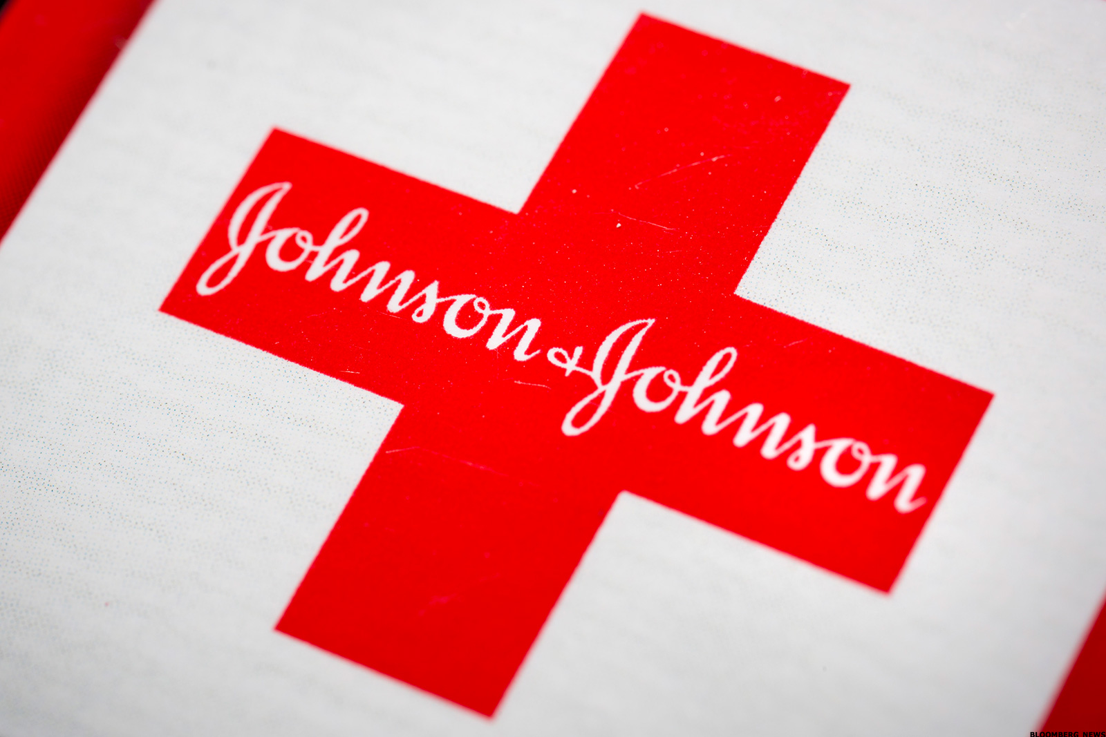 analysis on johnson johnson Johnson & johnson swot analysis, segmentation, targeting & positioning (stp) are covered on this page analysis of johnson & johnson also includes its usp, tagline.