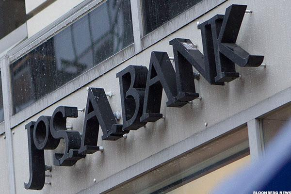 Tailored Brands Names Gap's Calandra as CFO