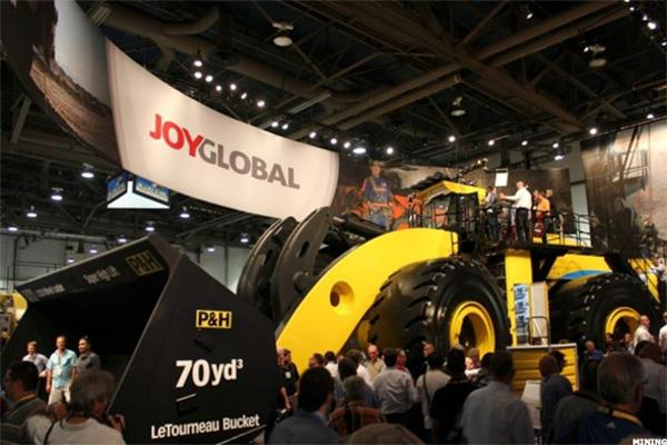 Komatsu Bets on Mining Gear Revival With $2.9 Billion Joy Global Bid