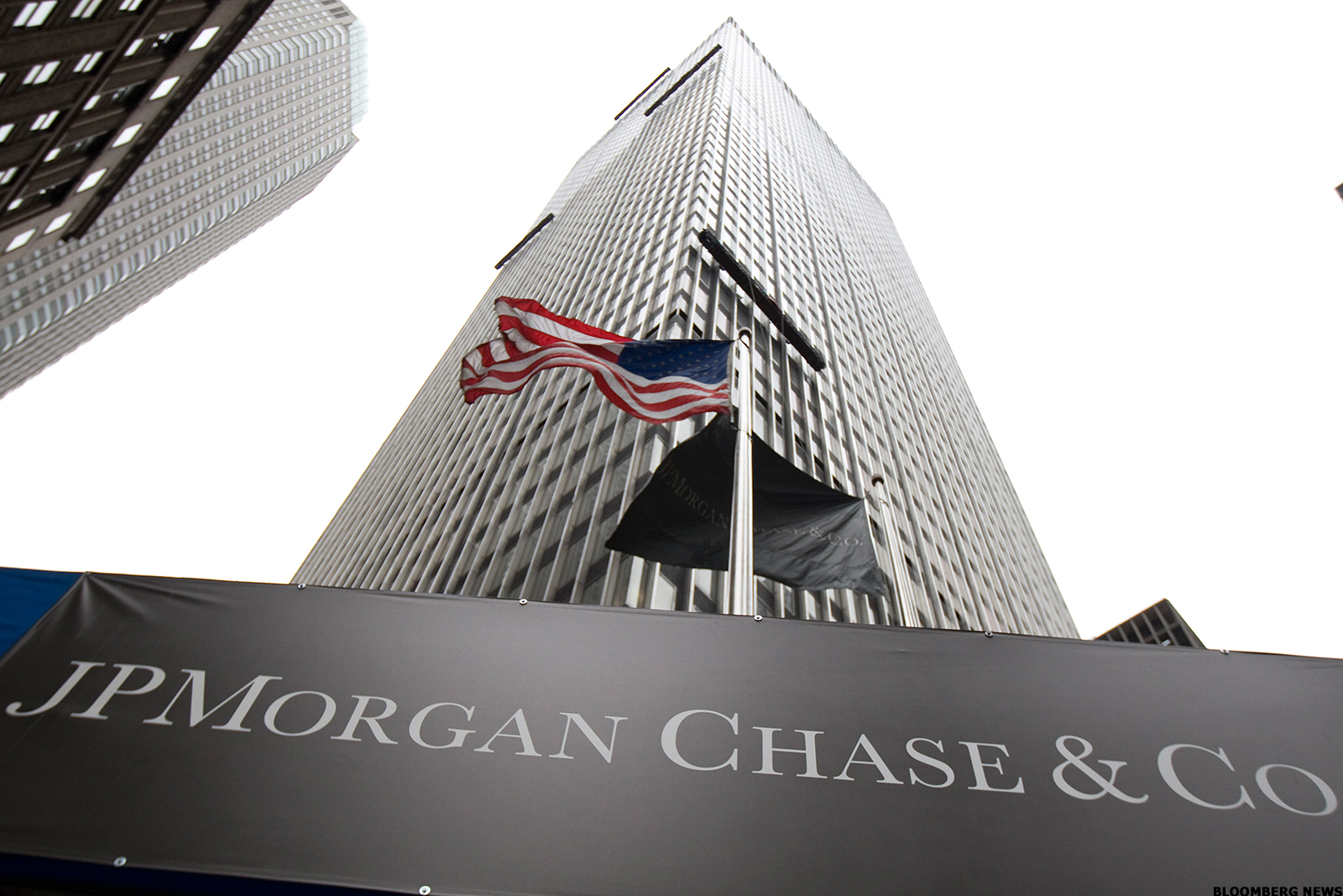 bank on jpmorgan chase jpm for its dividend cheap valuation