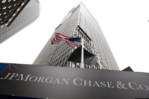JPMorgan's Dimon Sees Economic 'Momentum' Building as Trading Surges