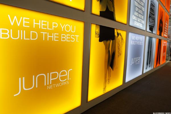 Buy Juniper Networks While Everyone Is Selling