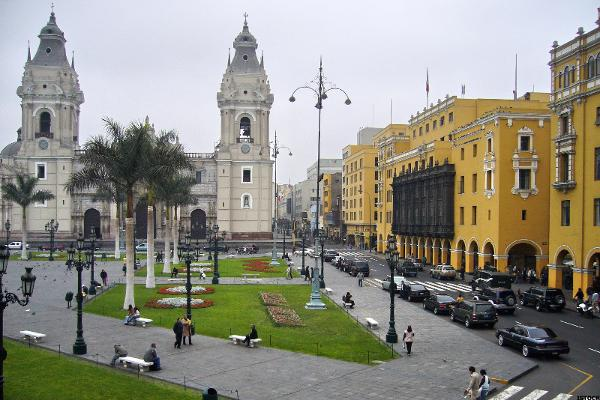 2 Bright Spots for Investors in Latin America: Colombia and Peru