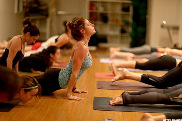 Lululemon (LULU) Stock Up, MKM Raises Price Target