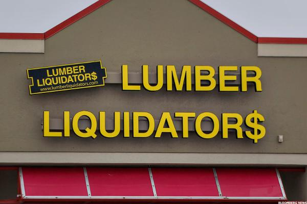 Lumber Liquidators Stock Falls Following Credit Suisse Downgrade