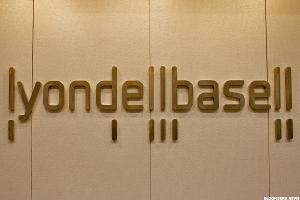 LyondellBasell (LYB) Stock Falls on Q2 Earnings, Revenue Miss