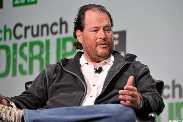 Salesforce.com (CRM) CEO Benioff Discusses Dropping Bid for Twitter