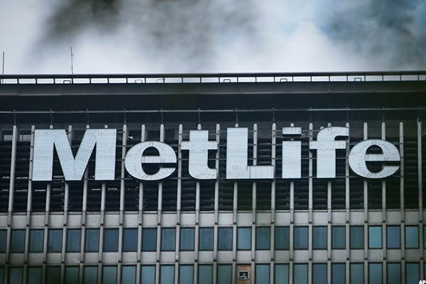 Snap Up Shares of Insurer MetLife as It Gets Set for Its Spinoff