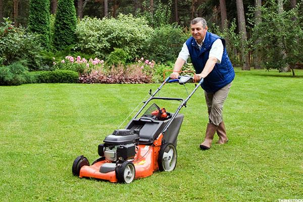 Briggs & Stratton (BGG) Stock Lower After Q4 Miss