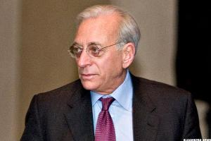 Billionaire Nelson Peltz Still Believes in GE