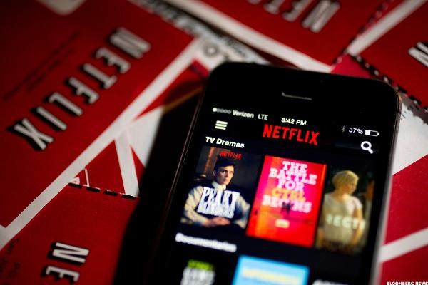 Why Netflix Should Have a Big Bounceback Year in 2017