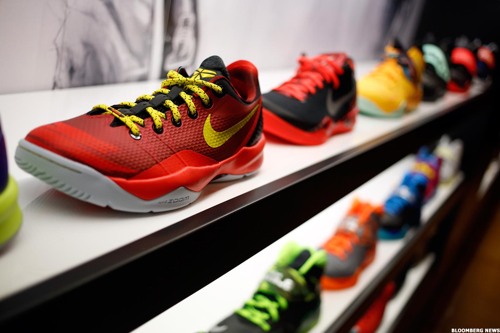 New Balance Challenges Nike Nke Adidas Addyy For