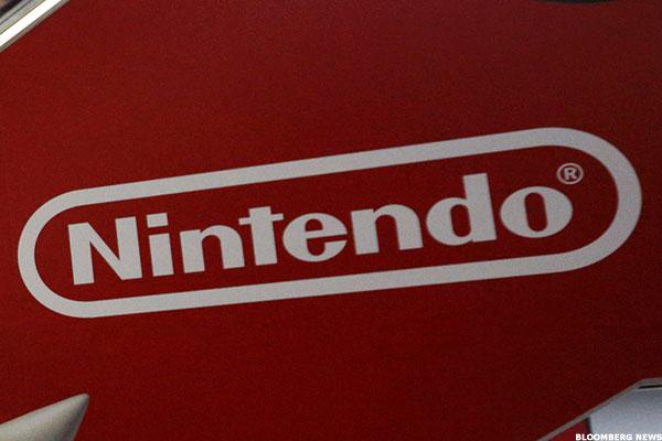 Nintendo Launches Switch With Nod to the Past, but Investors Want Something New