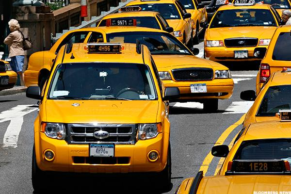 new york city taxi medallion revenues continue decline thestreet. Black Bedroom Furniture Sets. Home Design Ideas