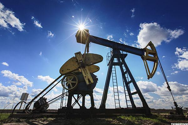 The Week Ahead: Will Crude Oil Prices Rebound and Rescue the Market?