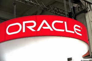 Oracle: Ignore the Gloom; This Cloud Has a Golden Lining