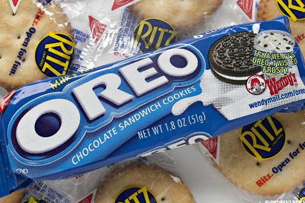 3 Reasons Why Mondelez's Embattled CEO Has Failed the Oreo Cookie Maker