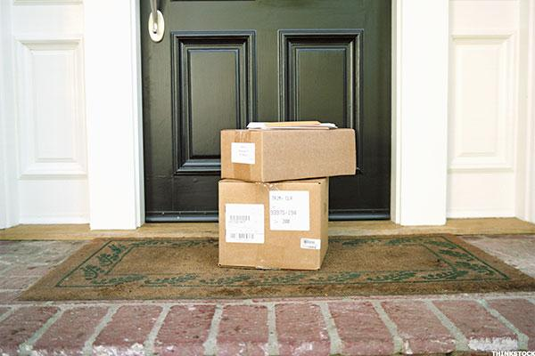 UPS, FedEx, and USPS Expect Double-Digit Growth From Holidays