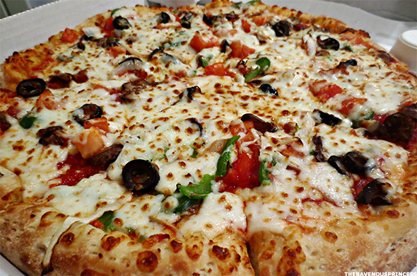 Did Papa John S Pzza Just Start Testing The Perfect Pizza Thestreet