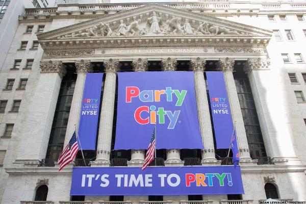 Charts Put a Damper on Party City