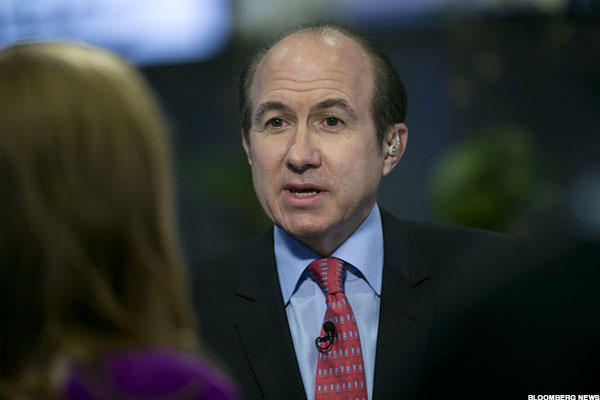 Viacom Board Fight Places Rare Spotlight on CEO Dauman's Performance