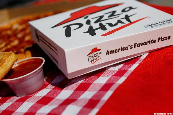 Pizza Hut's Share of the Pizza Industry Is Melting Away, Says This New Data