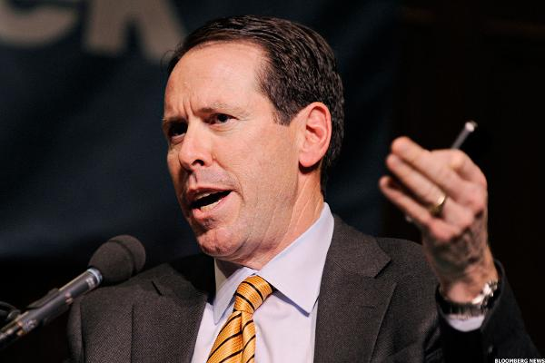 AT&T Chief Thinks Trump Will Be Good for Business