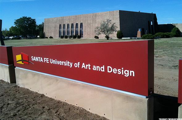 أسهل الجامعات التي يمكنك الحصول على قبول منها في امريكا - سانتا في