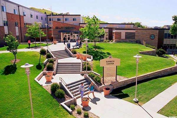 South Dakota: South Dakota School of Mines & Technology