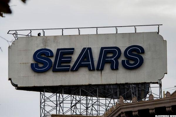 Sears Hometown Is Flashing on My Screen, But I'm Not a Buyer