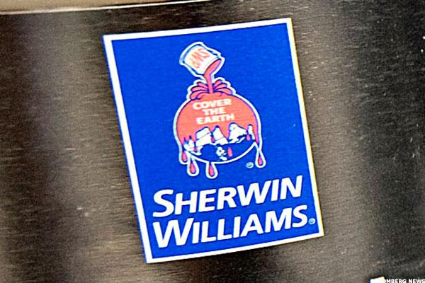 Bulls Are Painting the Town With Sherwin-Williams