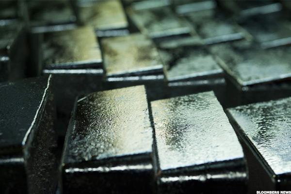 Silver Standard (SSRI) Stock Slides as Silver Prices Decline