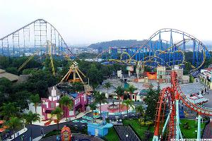 Why Six Flags Wants to Open a Theme Park in the Middle East