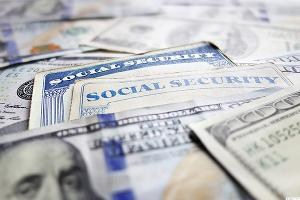 Will Your Social Security Check Plummet in 2017?