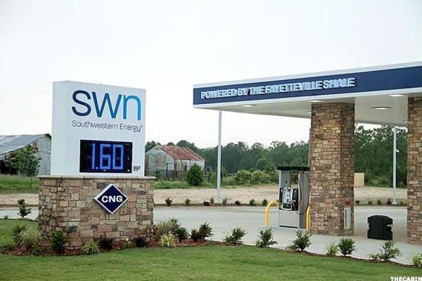 Southwestern Energy (SWN) Stock Gains on Oil Prices, Stock Offering