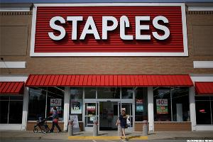 Staples Q3 Sales Fall Short of Estimates