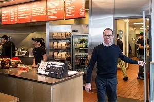 Chipotle Founder Ells: 1,000 Poorly Performing Restaurants