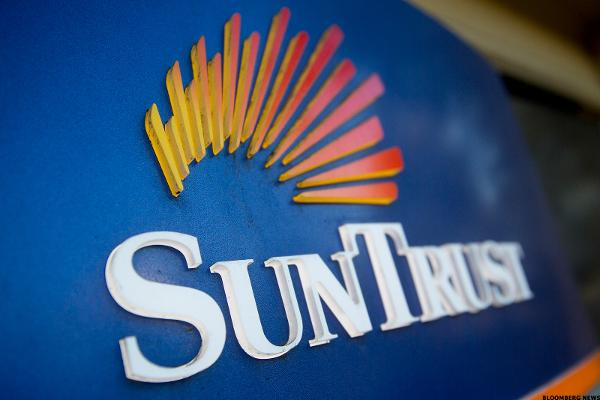 SunTrust Banks Rises on Earnings Report
