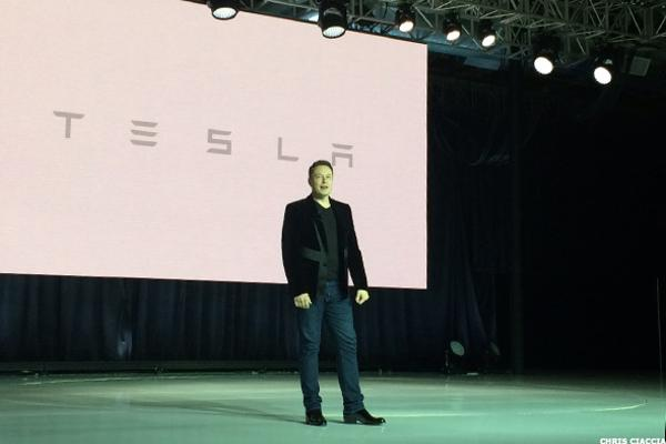 Tesla's Musk Rolls Out Revised Master Plan