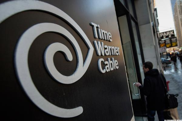 Feds Approve Charter's Bid for TWC