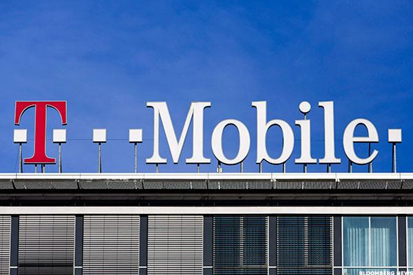 What to Look for When T-Mobile (TMUS) Posts Q3 Results