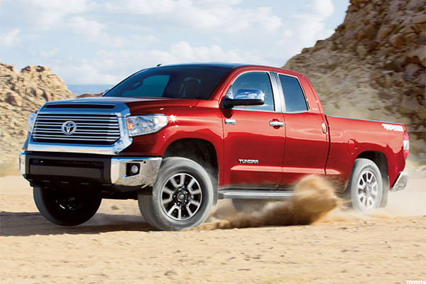 2017 Toyota Tundra Mpg >> 10 Average Automobiles With Absolutely Awful Gas Mileage
