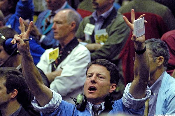 Stock Futures Climb as Global Markets Rally